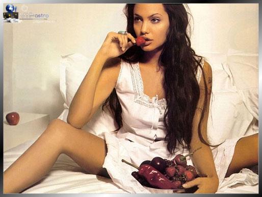 Анджелина Джоли красивая